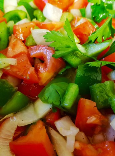 Trampo: The Mallorca Summer Salad That's Easy To Make